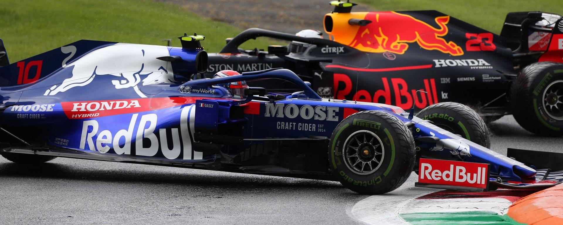 F1, GP Italia 2019: Pierre Gasly (Toro Rosso) e Alex Albon (Red Bull) nel corso delle PL1