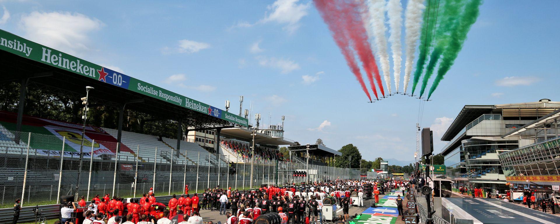 F1, GP Italia 2020: il passaggio delle Frecce Tricolori prima del via