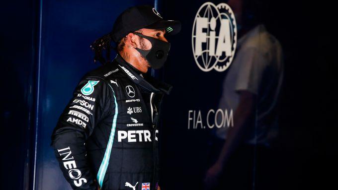 F1 GP Italia 2020, Monza: Lewis Hamilton (Mercedes AMG F1) sconsolato dopo la penalità