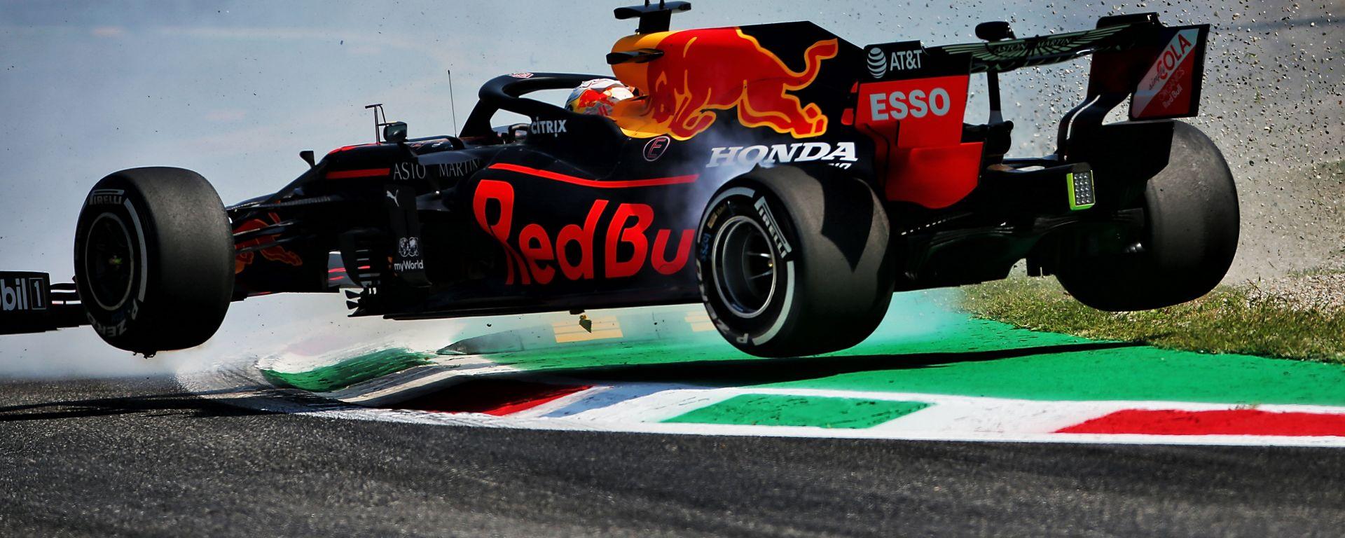 F1 GP Italia 2020, Monza: Max Verstappen (Red Bull Racing) finisce a muro alla Variante Ascari