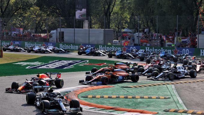 F1, GP Italia 2021: la partenza della Sprint Race