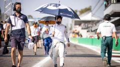 David Coulthard stronca Yuki Tsunoda