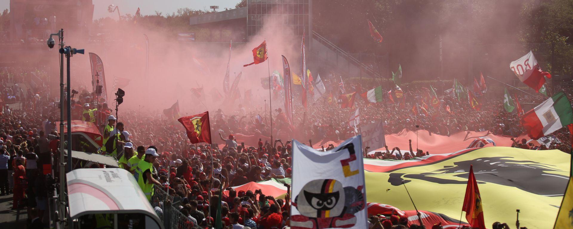 Calendario Monza.Ufficiale Monza Resta Nel Calendario F1 Fino Al 2024 Motorbox