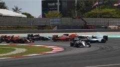 F1 GP Malesia, il contatto al via tra Vettel e Rosberg dell'edizione 2016