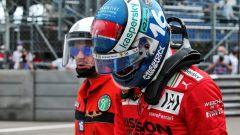 F1 GP Monaco 2021, Monte Carlo: Charles Leclerc (Ferrari) a testa bassa dopo l'incidente in qualifica