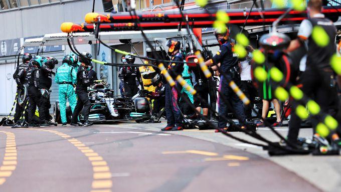 F1 GP Monaco 2021, Monte Carlo: il pit-stop che ha messo fine alla gara di Valtteri Bottas (Mercedes)