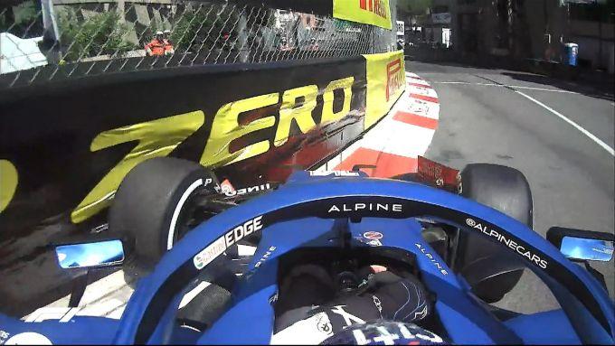 F1 GP Monaco 2021, Monte Carlo: l'incidente di Fernando Alonso (Alpine) alla Antony Noghes