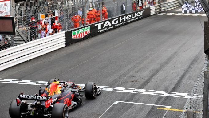 F1 GP Monaco 2021, Monte Carlo: Max Verstappen (Red Bull) vince la gara!