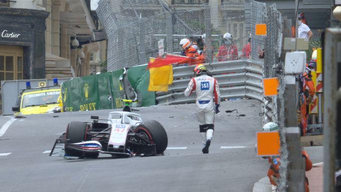 F1 GP Monaco 2021, Monte Carlo: Mick Schumacher (Haas F1 Team) protagonista del botto a fine PL3