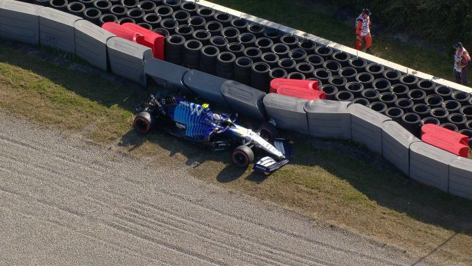 F1 GP Olanda 2021, Zandvoort: l'incidente in Q2 di Nicholas Latifi (Williams Racing)
