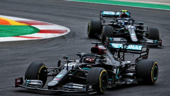 F1, GP Portogallo 2020: Lewis Hamilton e Valtteri Bottas (Mercedes)