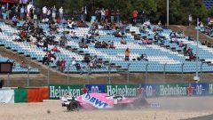 F1 GP Portogallo 2020, Portimao: Lance Stroll (Racing Point) in ghiaia dopo il contatto con Verstappen