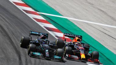 F1, GP Portogallo 2021: il duello tra Lewis Hamilton e Max Verstappen