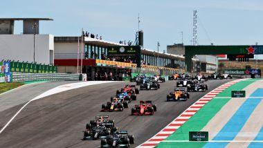 F1, GP Portogallo 2021: la partenza della gara