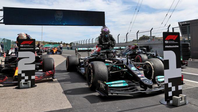 F1 GP Portogallo 2021, Portimao: Max Verstappen (Red Bull) e Lewis Hamilton (Mercedes)