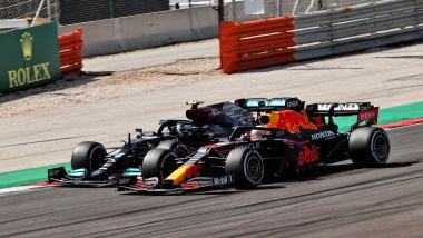 F1 GP Portogallo 2021, Portimao: Max Verstappen (Red Bull) e Valtteri Bottas (Mercedes)