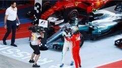 F1 GP Russia 2017, le congratulazioni con Vettel