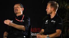 F1 GP Russia 2019, Sochi, Gunther Steiner e Kevin Magnussen (Haas)