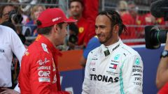 F1 GP Russia 2019, Sochi: Lewis Hamilton (Mercedes) parla con Charles Leclerc (Ferrari)