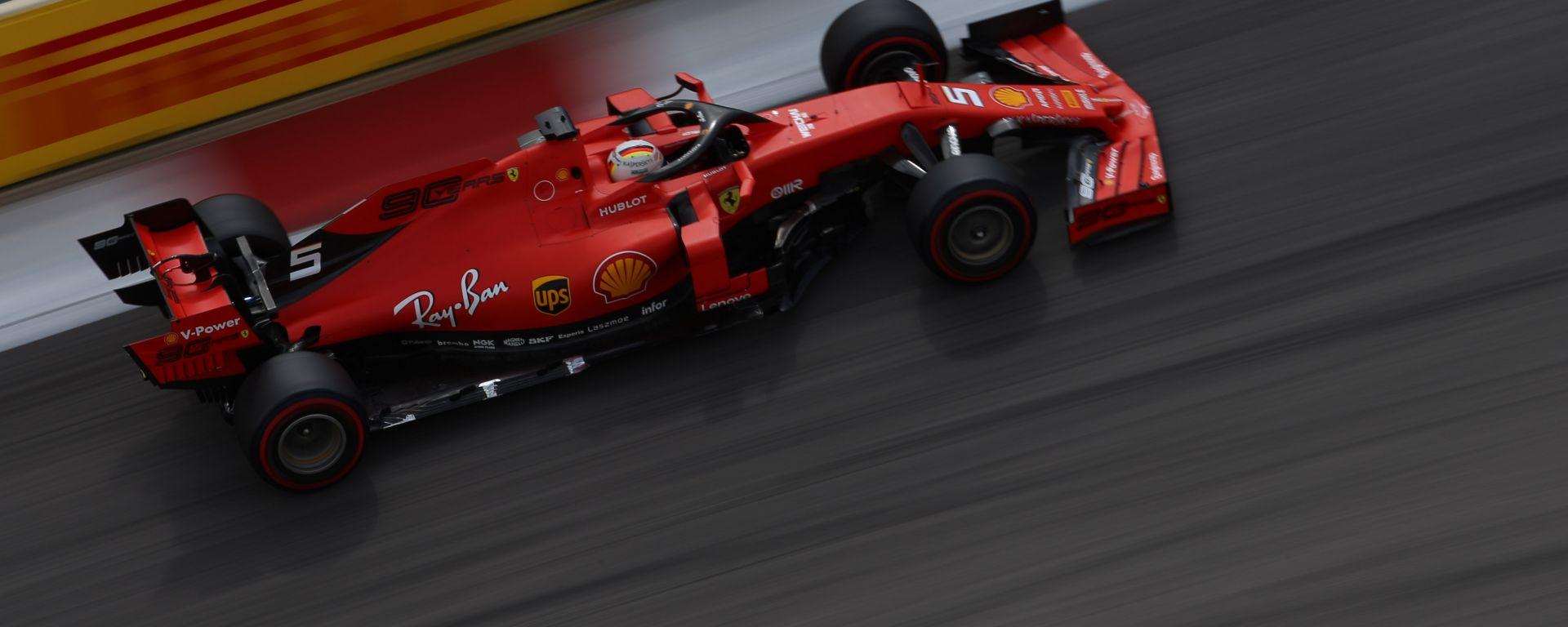 F1 GP Russia 2019, Sochi: Sebastian Vettel (Ferrari) in pista durante le qualifiche