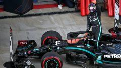 F1, GP Russia 2020: Lewis Hamilton (Mercedes) festeggia la pole position
