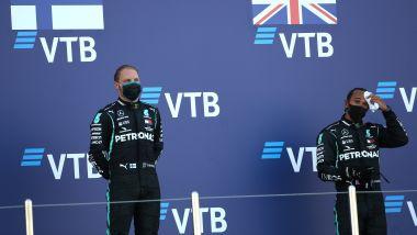 F1 GP Russia 2020, Sochi: Lewis Hamilton sul podio con Valtteri Bottas (Mercedes AMG F1)