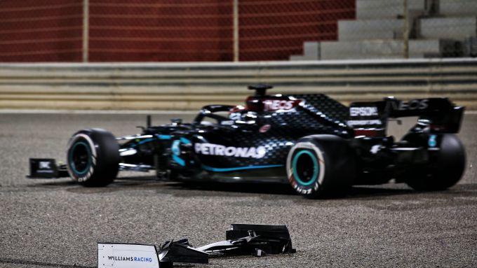 F1 GP Sakhir 2020, Manama: George Russell (Mercedes) e il detrito che gli ha (indirettamente) rovinato la gara