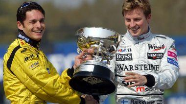 F1 GP San Marino 2003, Imola: Raikkonen cede la coppa del vincitore del GP Brasile a Fisichella