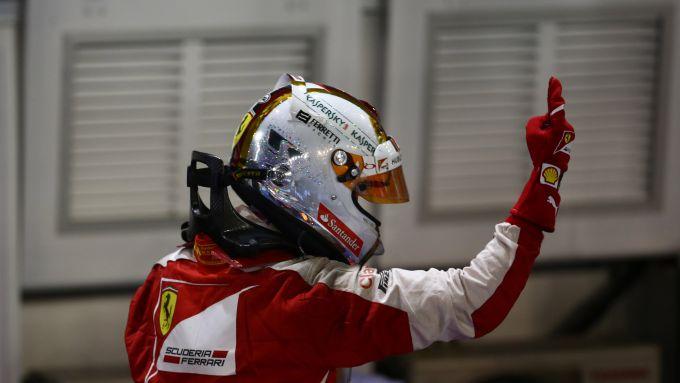 F1 GP Singapore 2015, Marina Bay: Sebastian Vettel (Ferrari) esulta dopo la vittoria