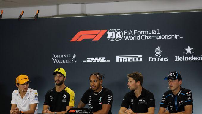 F1 GP Singapore 2019, Marina Bay: da sinistra Norris, Ricciardo, Hamilton, Grosjean e Kubica