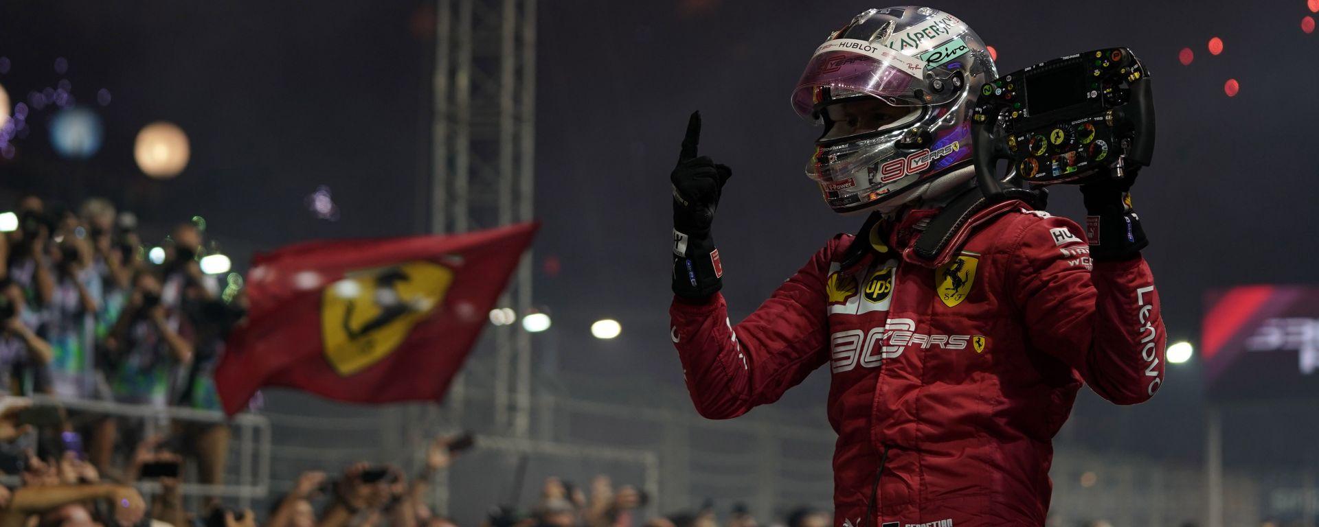 F1 GP Singapore 2019, Marina Bay: Sebastian Vettel (Ferrari) festeggia la vittoria