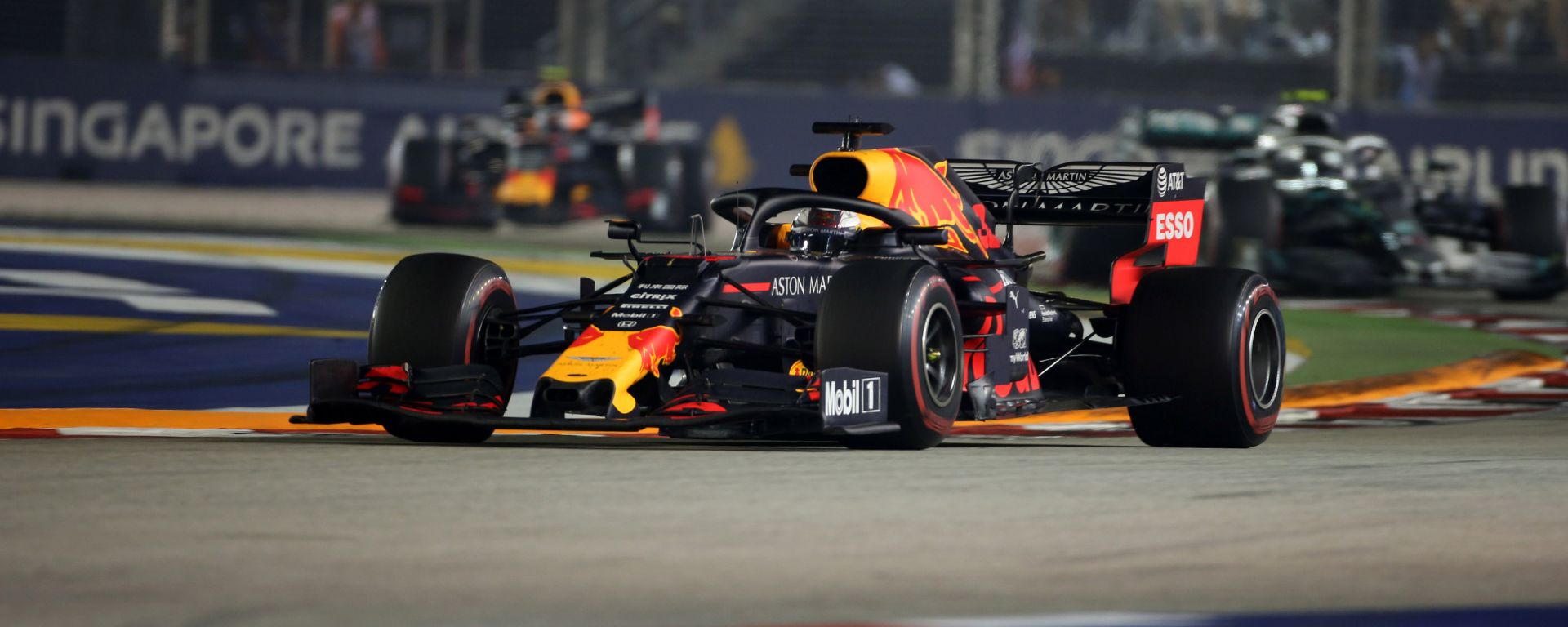 F1 GP Singapore 2019, Max Verstappen in pista