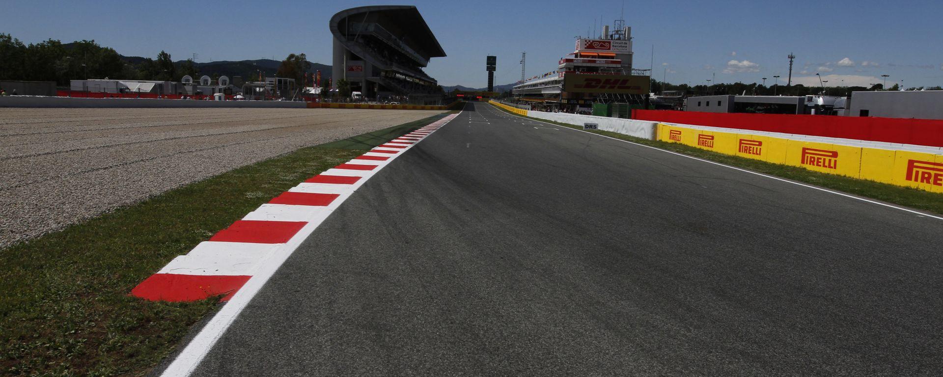 F1 GP Spagna 2019, Barcellona: il rettilineo dei box del Circuit de Catalunya