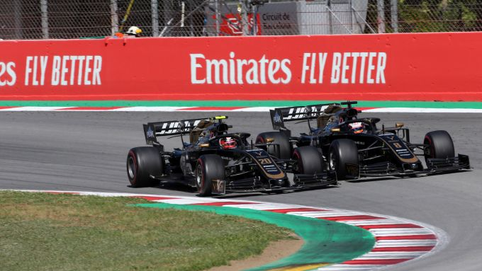 F1 GP Spagna 2019, Barcellona: Kevin Magnussen e Romain Grosjean (Haas) ruota a ruota