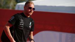 F1 GP Spagna 2019, Barcellona: Valtteri Bottas (Mercedes) durante la track walk del giovedì
