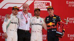 F1 GP Spagna 2019, la festa del podio con (da sinistra) Bottas, Zetsche, Hamilton e Verstappen