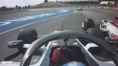 F1 GP Spagna 2020, Barcellona: il sorpasso di Giovinazzi (Alfa Romeo) su Grosjean (Haas)