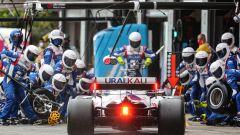 """Schumacher lungo ai box: """"Ci siamo un po' spaventati"""""""