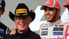 F1 GP Stati Uniti 2012: Mario Andretti sul podio con Hamilton, Vettel e Alonso