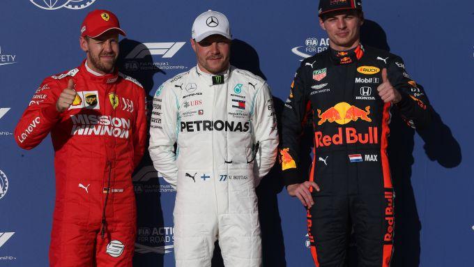 F1, GP Stati Uniti 2019: Sebastian Vettel (Ferrari), Valtteri Bottas (Mercedes) e Max Verstappen (Red Bull)