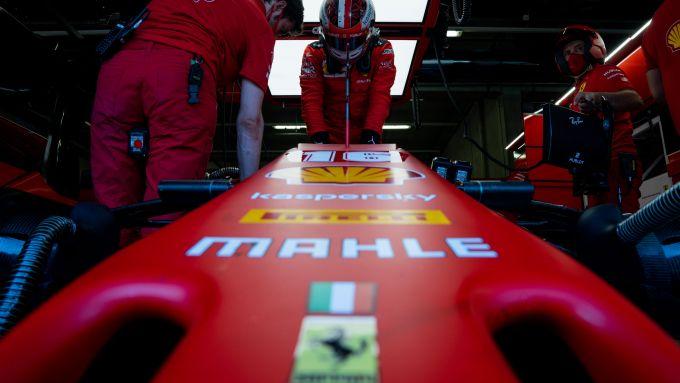 F1 GP Stiria 2020, Red Bull Ring: Charles Leclerc (Ferrari) sale sulla sua SF1000