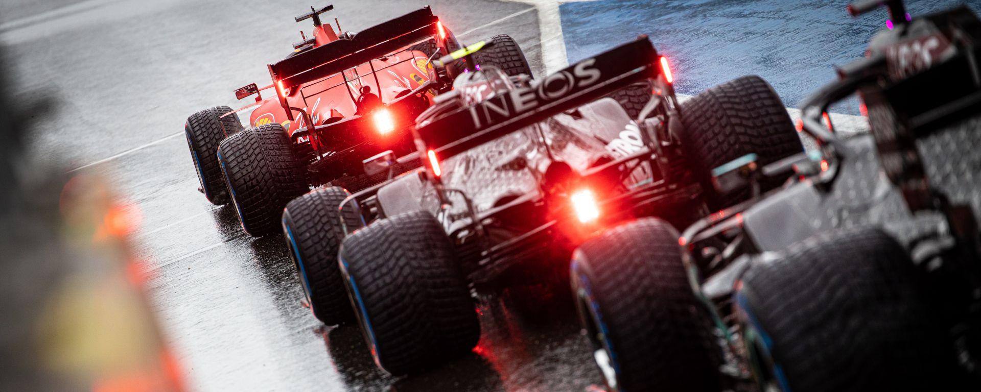 F1 GP Stiria 2020, Red Bull Ring: Ferrari e Mercedes in attesa del via delle qualifiche sul bagnato