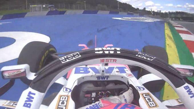F1 GP Stiria 2020, Red Bull Ring: il sorpasso fuori pista di Stroll (Racing Point) su Ricciardo (Renault)