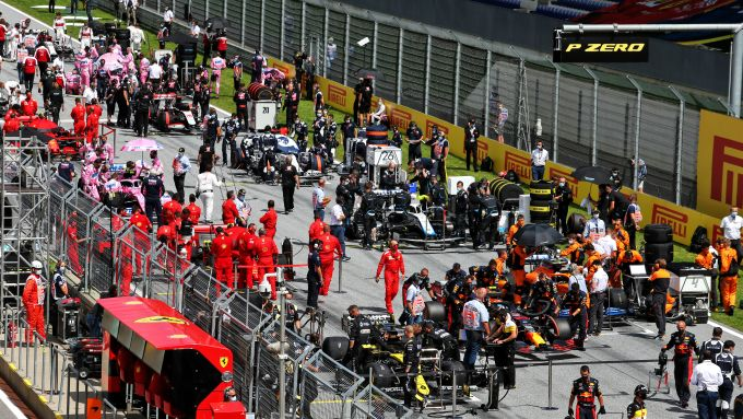 F1 GP Stiria 2020, Red Bull Ring: le auto schierate in griglia di partenza