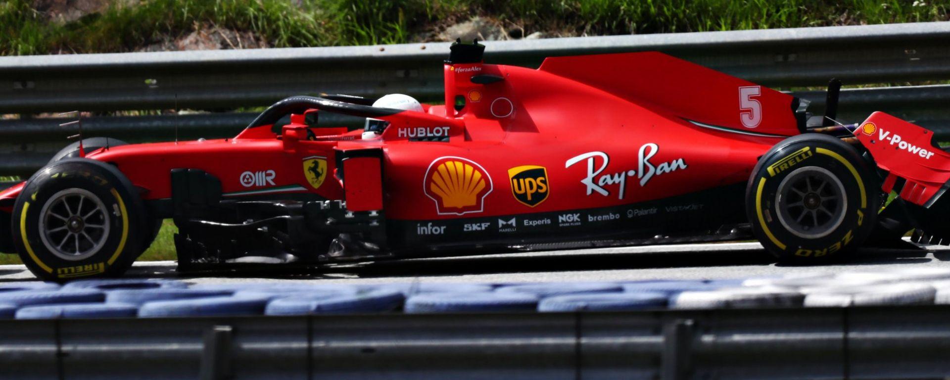 F1 GP Stiria 2020, Spielberg: la Ferrari incidentata di Vettel dopo il contatto con Leclerc