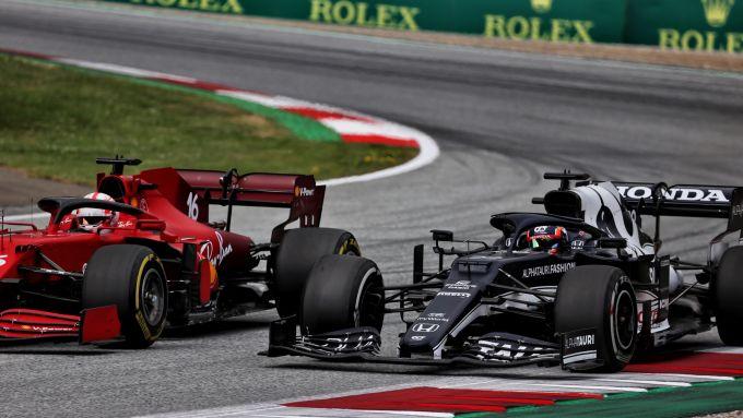 F1, GP Stiria 2021: Charles Leclerc in battaglia con Yuki Tsunoda