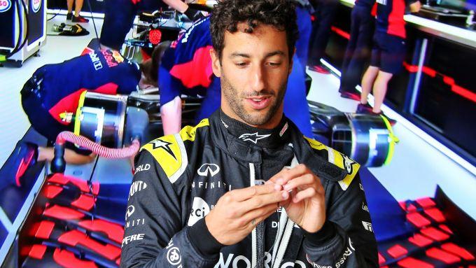 F1, GP Toscana 2020: il pressing della Red Bull su Daniel Ricciardo
