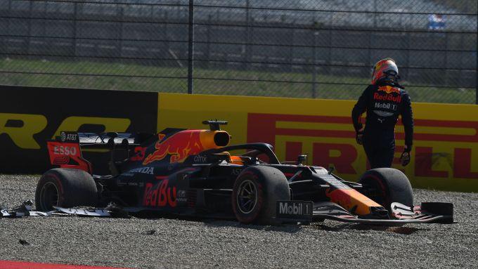 F1 GP Toscana 2020, Mugello: Max Verstappen (Red Bull Racing) fuori gara al primo giro