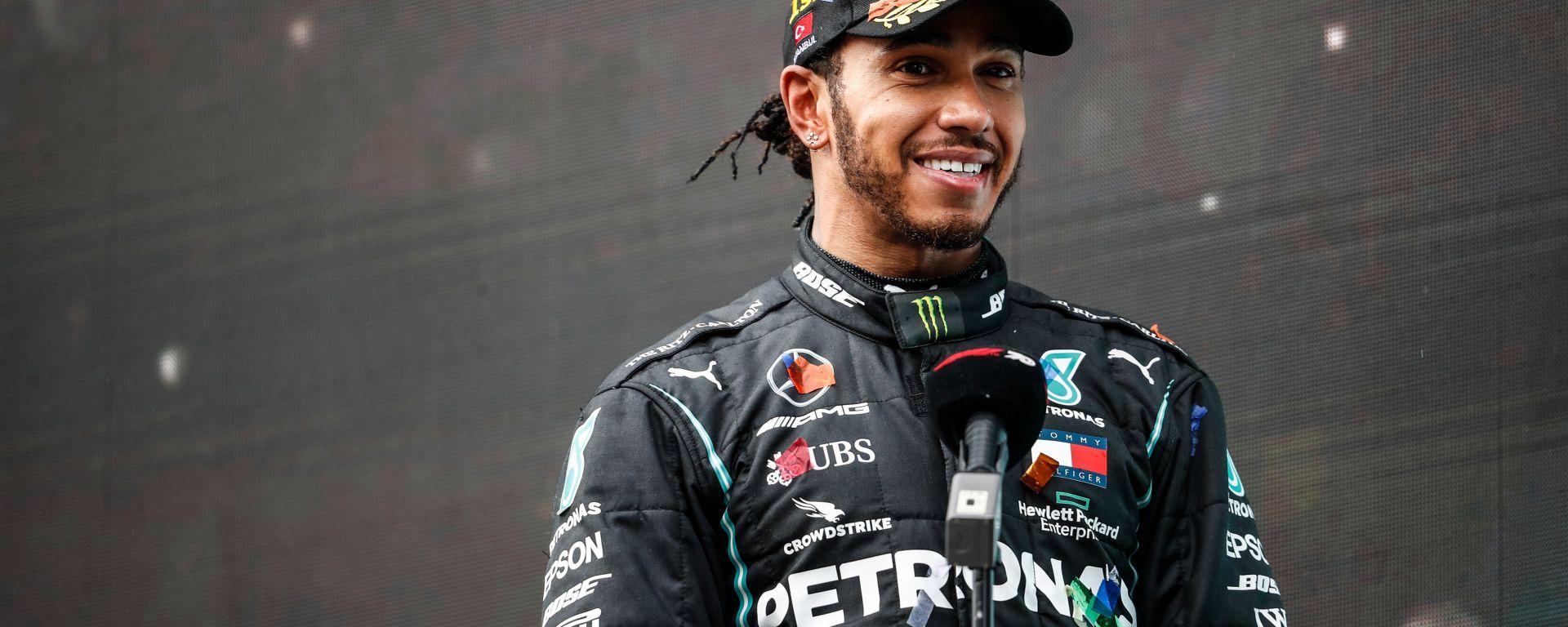 F1 GP Turchia 2020, Istanbul: Lewis Hamilton (Mercedes) intervistato dopo la vittoria del titolo