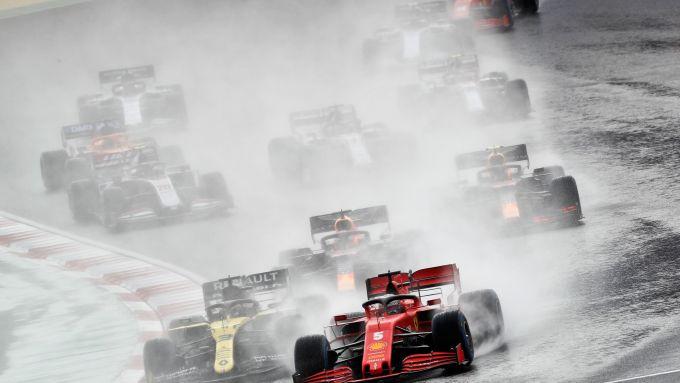 F1 GP Turchia 2020, Istanbul: l'ottima partenza di Sebastian Vettel (Scuderia Ferrari)